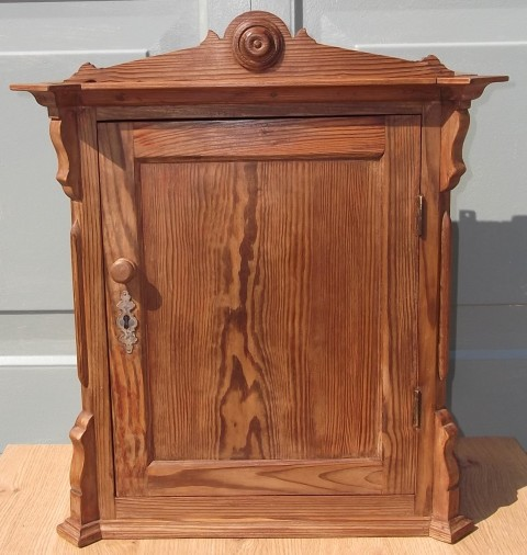 Small Antique Pine Wall Cupboard (ZN) - Small Antique Pine Wall Cupboard (ZN) - Hawtum Antiques