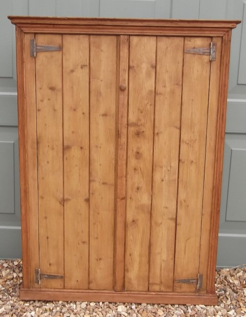 Antique Pine Cupboard (161) - Antique Pine Cupboard (161) Hawtum Antiques