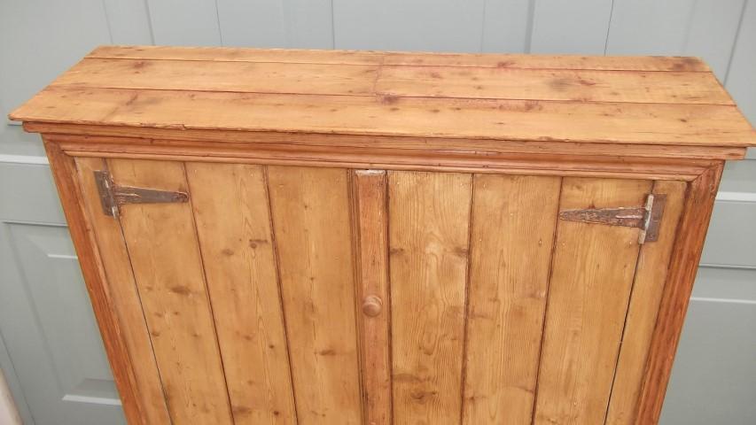 Antique Pine Cupboard (161) - Antique Pine Cupboard (161) Hawtum Antiques